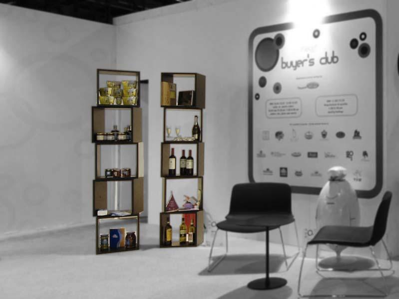 Librerie modulare e componibile in legno massello cubo for Librerie in legno componibili